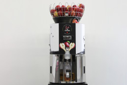 apple-juice-machine